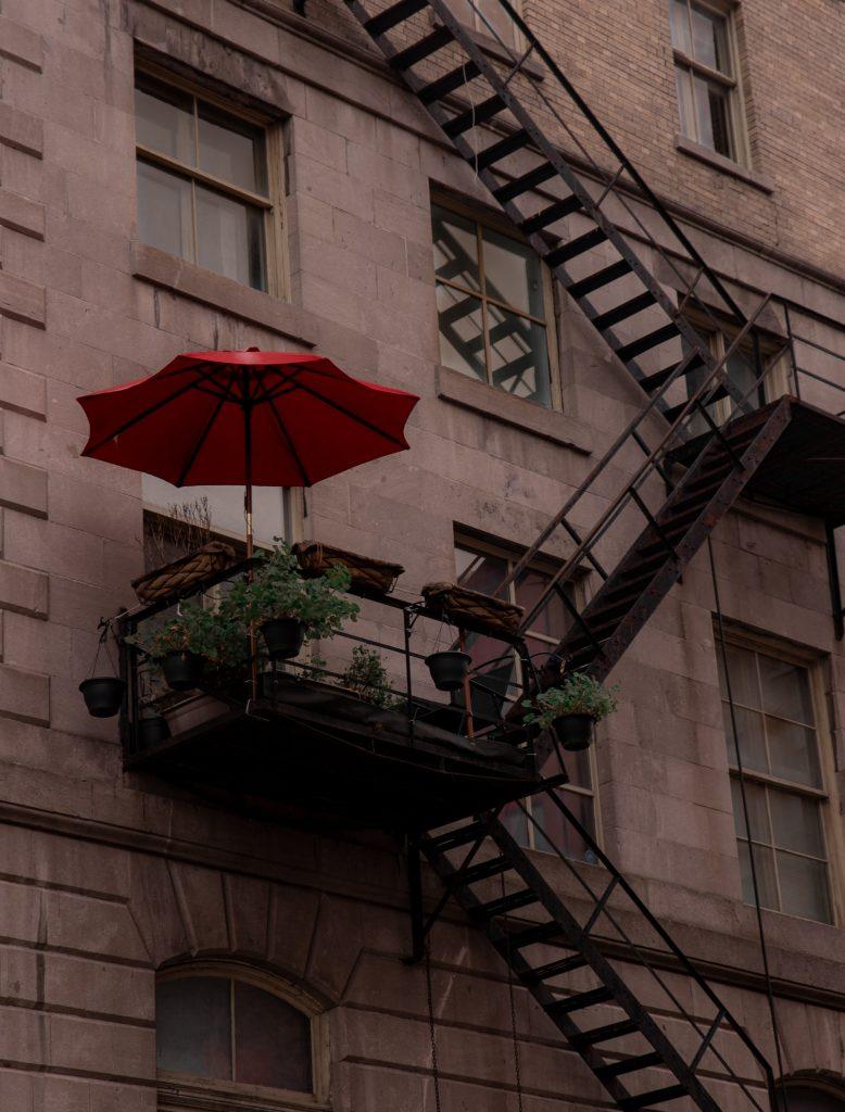 چتر سایبان بالکن